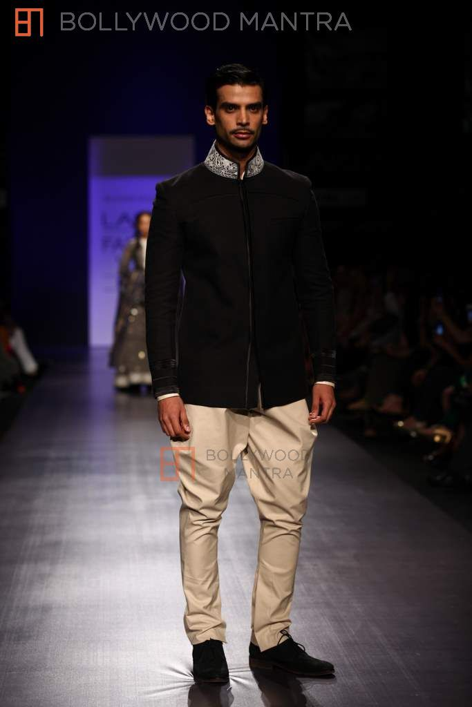 Jodhpuri Suits Manish Malhotra manish-malhotra-show-for-lakme